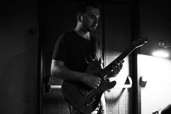 Francesco Ferrarelli randevu guitar